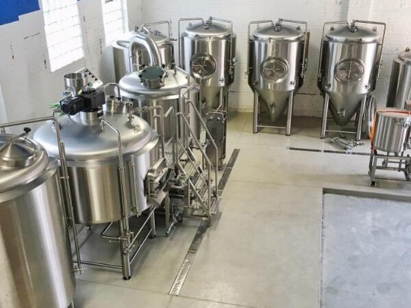 1000L brewery equipment installed in South Korean
